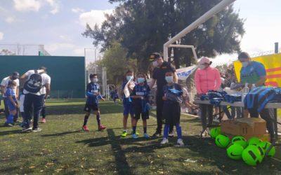 Pirelli impulsa el deporte en niños de comunidades en Silao.